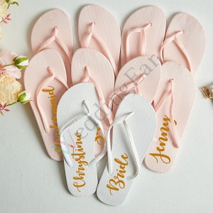 Engraved Bridesmaid Flip Flops Bridal Party Gift Set
